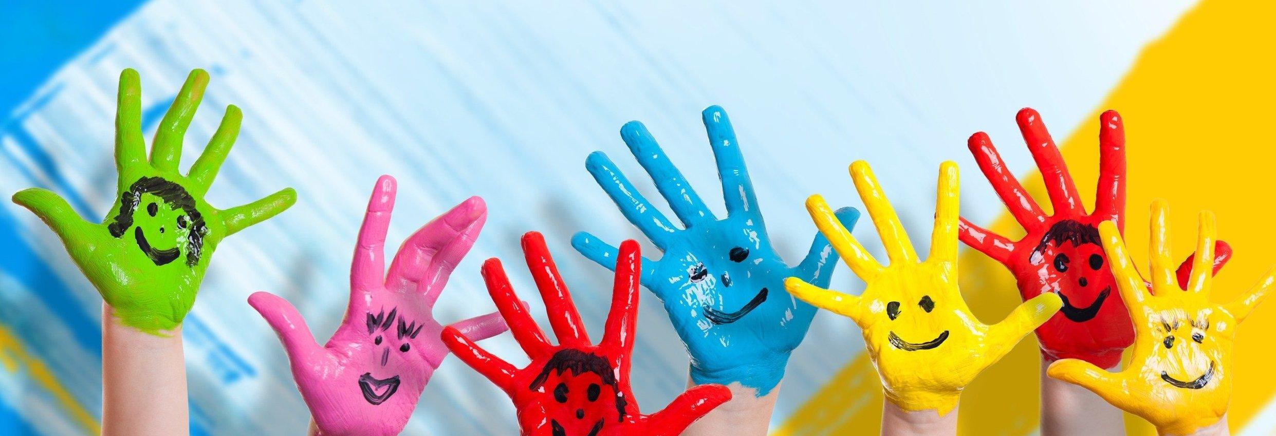 hands_paint_Banner3